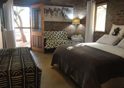 14-guest-bedroom-no-1