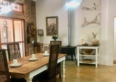4-interior-dining-room